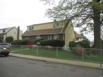 Nassau County Multi Family Home For Sale: 1367 G St