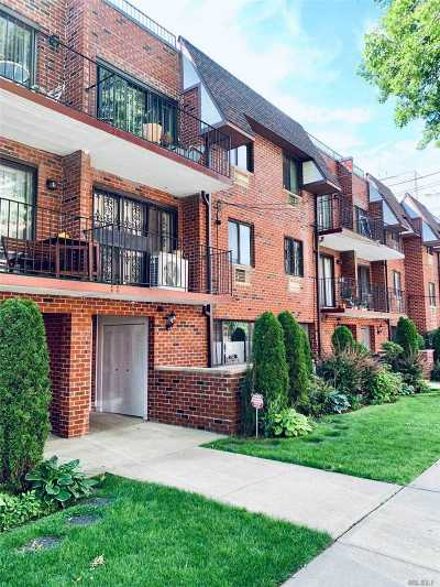 Fresh Meadows Condo/Townhouse For Sale: 71-42 163st #2fl