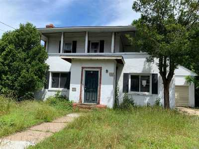 Hicksville Single Family Home For Sale: 20 Murray Rd