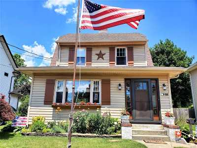 Rockville Centre Single Family Home For Sale: 31 Locust Ave