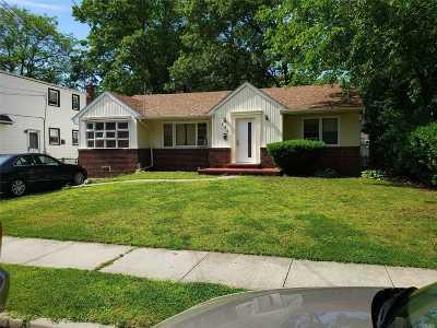 Roosevelt Single Family Home For Sale: 150 Elmwood Ave