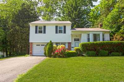 Port Jefferson Single Family Home For Sale: 107 Dogwood Lane
