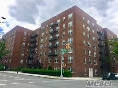 Brooklyn, Astoria, Bayside, Elmhurst, Flushing, Forest Hills, Fresh Meadows, Jackson Heights, Kew Gardens, Long Island City, Middle Village, Rego Park, Ridgewood, Sunnyside, Woodhaven, Woodside Co-op For Sale: 35-10 150 St #1K