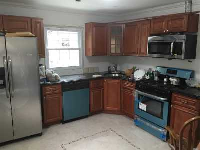 Northport Single Family Home For Sale: 243 Vernon Valley Rd