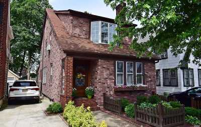 Flushing Single Family Home For Sale: 33-20 147 Pl