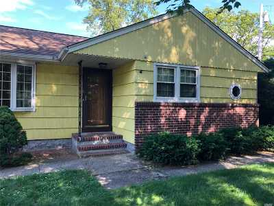 Huntington Sta Single Family Home For Sale: 6 Cooper Ave