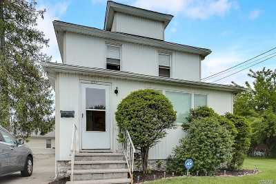 W. Hempstead Multi Family Home For Sale: 832-834 Roosevelt St