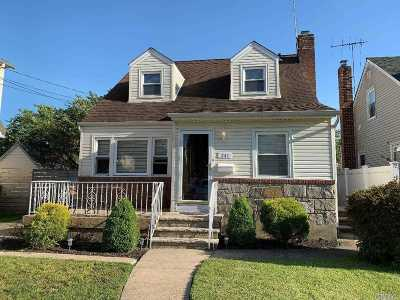 W. Hempstead Single Family Home For Sale: 241 Grand Ave