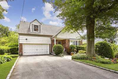 Woodmere Single Family Home For Sale: 983 E Prospect St