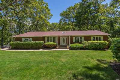 Commack Single Family Home For Sale: 44 Half Hollow Rd