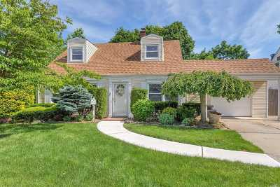Levittown Single Family Home For Sale: 23 Needle Ln
