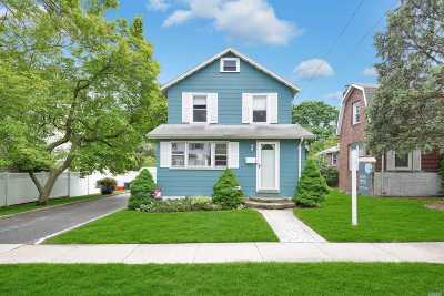 Nassau County Single Family Home For Sale: 604 Wadleigh Ave