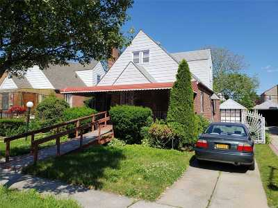 Queens Village, Briarwood, Bayside, Hillcrest, Jamaica Single Family Home For Sale: 11941 223rd St