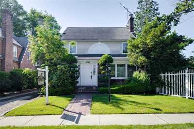 Woodmere Single Family Home For Sale: 1051 Highland Pl