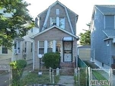 Queens Village, Briarwood, Bayside, Hillcrest, Jamaica Single Family Home For Sale: 139-23 Glassboro Ave