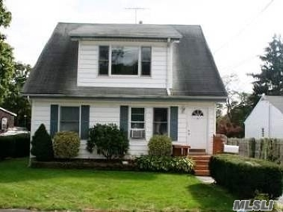 Huntington Sta NY Rental For Rent: $1,750