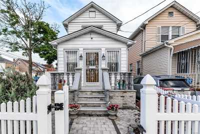 Queens Village, Briarwood, Bayside, Hillcrest, Jamaica Single Family Home For Sale: 146-20 123rd Ave
