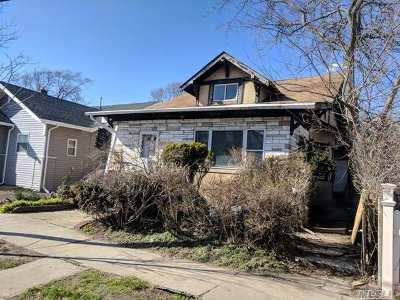 Queens County, Nassau County Single Family Home For Sale: 91 E Fulton St