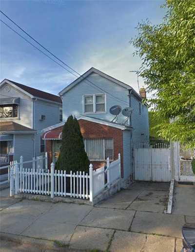 Brooklyn Single Family Home For Sale: 585 Milford St