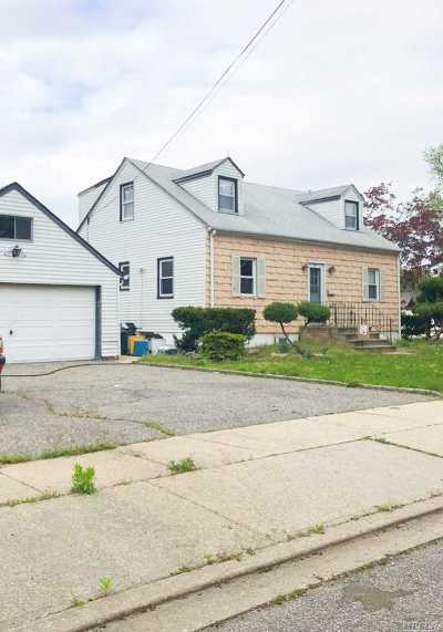 N. Massapequa Multi Family Home For Sale: 217 N Chestnut St