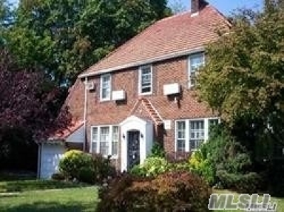 Forest Hills Single Family Home For Sale: 110-53 69 Rd