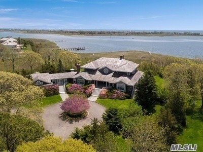 Quogue Single Family Home For Sale: 32 Penniman Point Rd