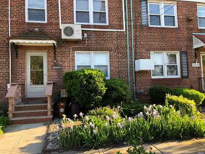 Queens Village Single Family Home For Sale: 222-92 Braddock Ave