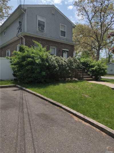 Deer Park Multi Family Home For Sale: 416 Nicolls Rd