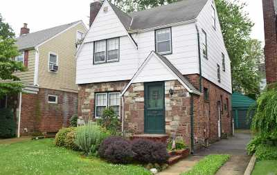Douglaston Single Family Home For Sale: 51-14 Overbrook St