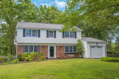 Stony Brook Single Family Home For Sale: 180 Sycamore Cir