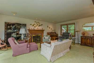 Greenlawn Single Family Home For Sale: 12 Barbara Ct