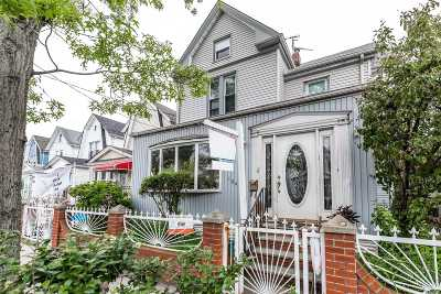 Single Family Home For Sale: 104-14 120th St