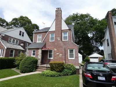 Single Family Home For Sale: 114-17 S 178 Pl