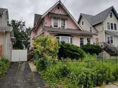 Far Rockaway Single Family Home For Sale: 1434 Gipson St
