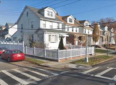 Bayside Single Family Home For Sale: 202-01 53 Ave