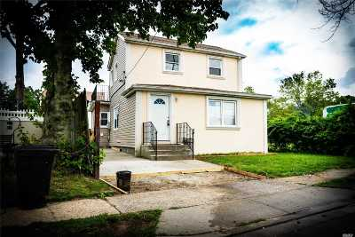 W. Hempstead Single Family Home For Sale: 10 Pinebrook Ave