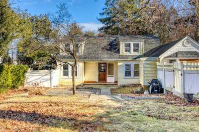 Northport Single Family Home For Sale: 37 Elwood Rd