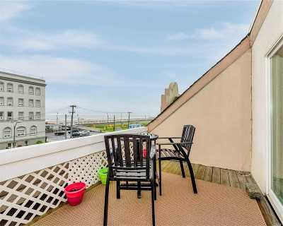 Lido Beach, Long Beach Condo/Townhouse For Sale: 277 W Broadway