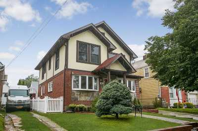 New Hyde Park Single Family Home For Sale: 647 S 10th St