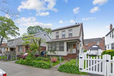 Queens Village Single Family Home For Sale: 109-32 221 St