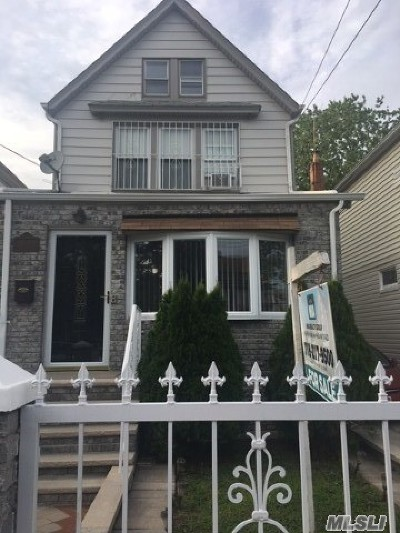 Queens Village Single Family Home For Sale: 21609 111th Ave
