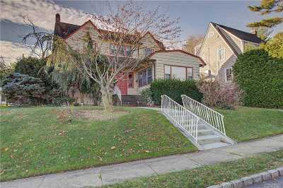 Great Neck Single Family Home For Sale: 8 Windsor Rd