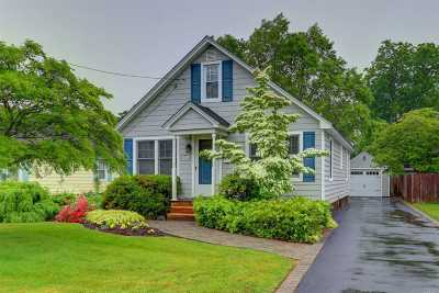 Islip Single Family Home For Sale: 142 Union Ave