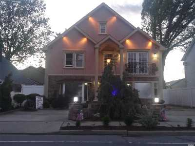 East Meadow Single Family Home For Sale: 2185 Prospect Ave