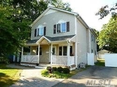 Islip Terrace Single Family Home For Sale: 67 Andrews