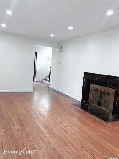 Douglaston Single Family Home For Sale: 309 Hollywood Ave