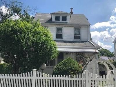 Queens Village, Briarwood, Bayside, Hillcrest, Jamaica Single Family Home For Sale: 113-05 210th St