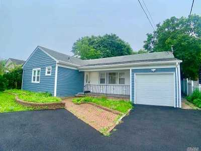Single Family Home For Sale: 346 Main St