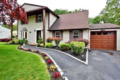 Mt. Sinai Single Family Home For Sale: 42 Westcliff Dr
