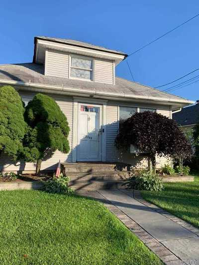 N. Bellmore Single Family Home For Sale: 2748 Beltagh Ave